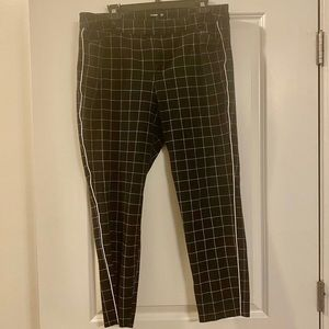 Old navy pixie pants - ankle